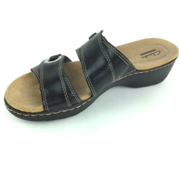b30e47ccf6bd CLARKS BENDABLES Black Leather Womens Size 7.5. M 5cb8ed84d948a1e9febad064